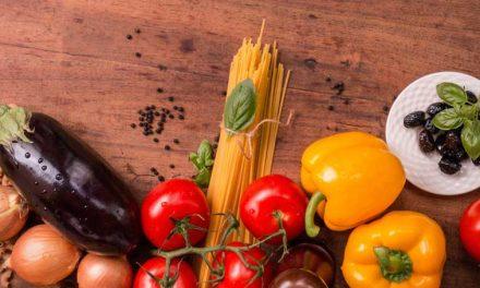 La dieta mediterránea reduce el riesgo de demencia.